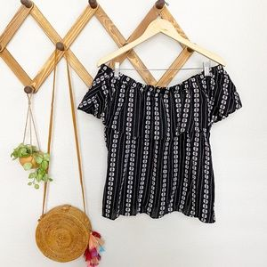 NEW Very J off the shoulder black and white top L